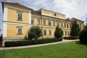 gabcikovo amade manor house 0